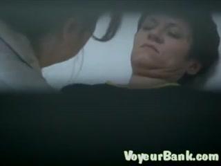 Порно кастинг  года с участием зрелой женщины-врача дома